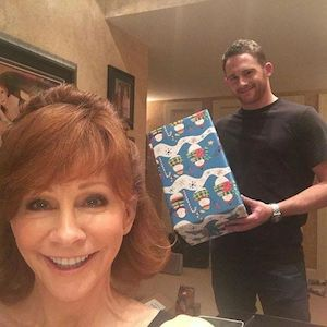 Reba McEntire and Shelby with a Christmas box.
