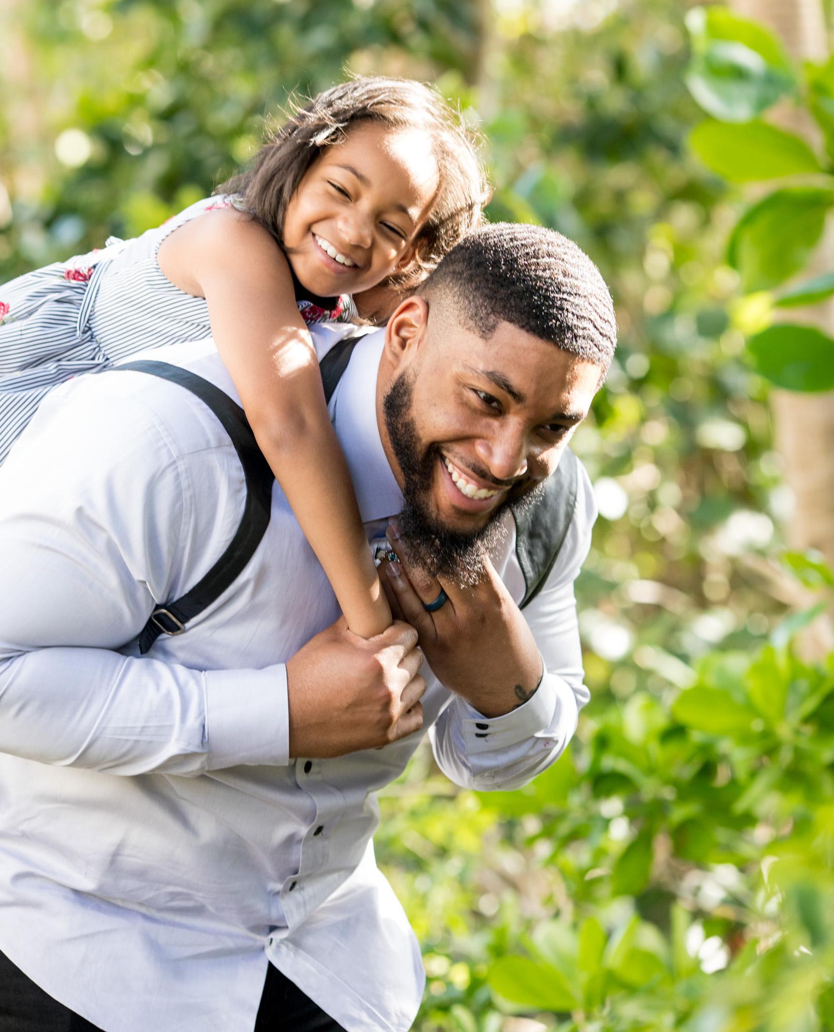 Devon Still and his daughter & cancer survivor, Leah