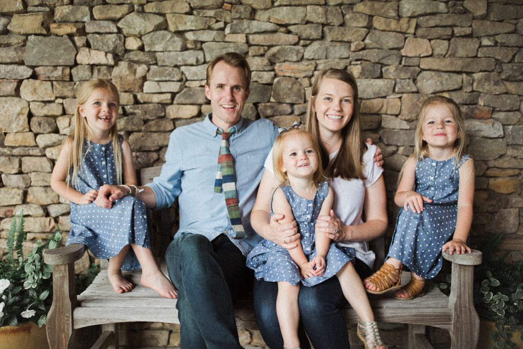 Jesus Calling welcomes Emily Chapman Richards (daughter of Steven Curtis Chapman), who shares about her growing up years with her dad and how his intentional parenting challenges and encourages her in her own parenting with her daughters.